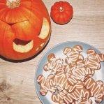 mummified gingerbread men mummies biscuits cookies Halloween