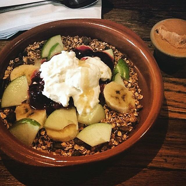 homemade granola yogurts fruit vegan vegetarian recipe