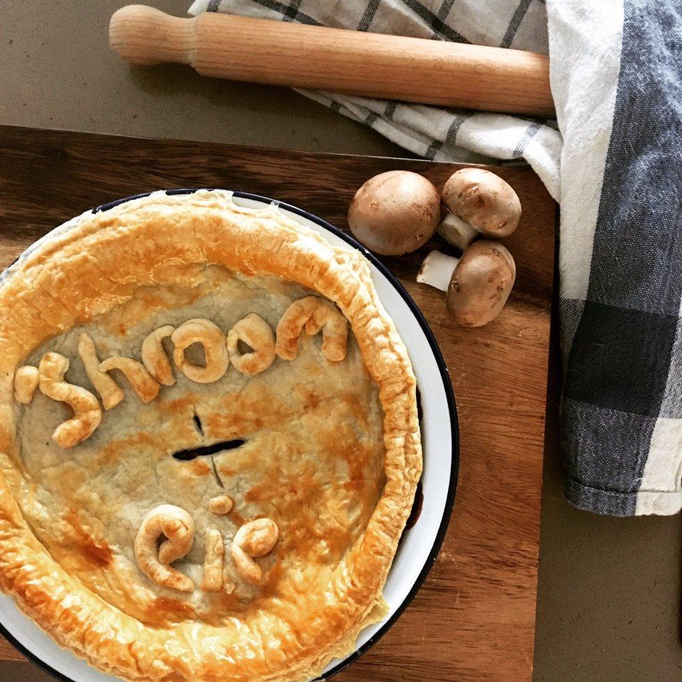 vegetarian veggie mushroom pie recipe food blog The Jam Jar Vegetarian dinners