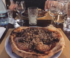 Norma Messinese Pizzeria Villa Zuccaro Taormina Sicily restaurant review
