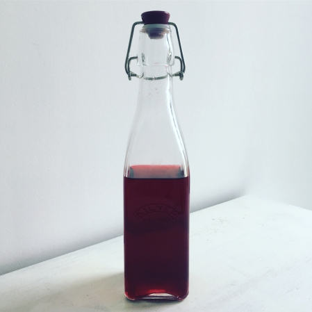 blackberry gin recipe kilner bottle home made gin and tonic blackberries food blog drinks alcohol The Jam Jar